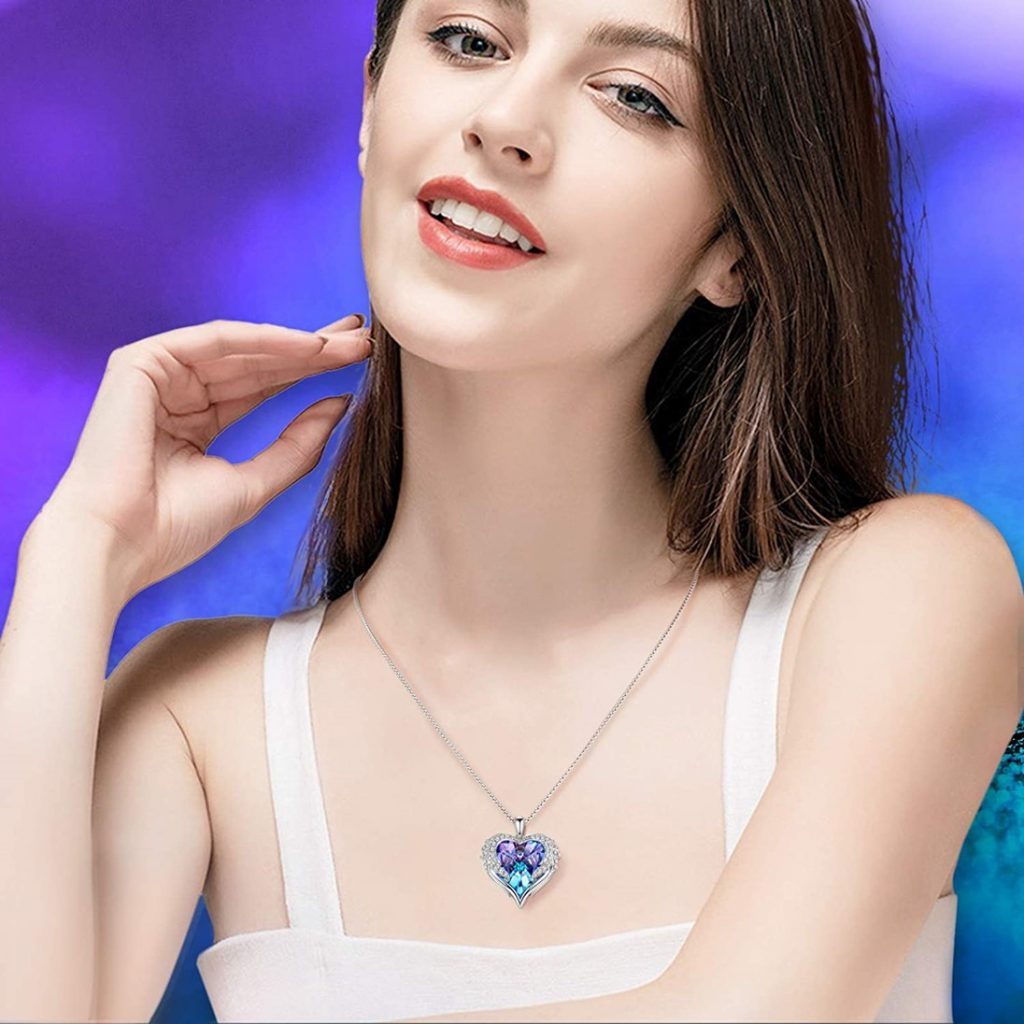 NEWNOVE Heart of Ocean Pendant Necklaces for Women - Model Photo